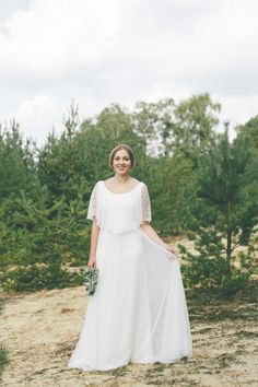 Schlichte Schönheit im Boho-Chic: Die Light & Lace Brautmoden-Kollektion 2016 Lene Photography http://www.hochzeitswahn.de/inspirationsideen/schlichte-schoenheit-im-boho-chic-die-light-lace-brautmoden-kollektion-2016/ #weddingdress #wedding #fashion
