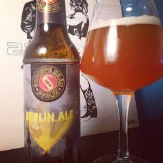 Berlin Ale Schoppe #bieres🍺 #bier #beerporn #beersnob #beers #øl #🍻 #ale #schoppe #schoppebräu #craftbeerheaven #craftbeers #craftbeerlife #craftbeerlover #birras #birra #bieres #prost #cheers #cheers🍻 #drink #hopfen #malz #berlinale #berlinerbier #berlinbeer #berlincraftbeer