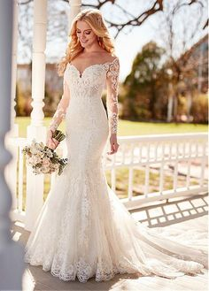 870 Illusion Lace Long-Sleeved Wedding Gown by Martina Liana. 870 Illusion Lace Long-Sleeved Wedding Gown by Martina Liana. Mermaid with sweetheart/ off the shoulder neckline and dro. Dream Wedding Dresses, Bridal Dresses, Princess Wedding Dresses, Bridesmaid Dresses, Dresses Dresses, Cheap Lace Wedding Dresses, Expensive Wedding Dress, Wedding Dress Patterns, Event Dresses