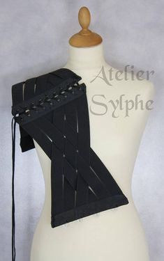 Waist cincher underbust corset in black stretch elastic ribbons Totaly closed waist size is 68 cm (27 inches) Front busk. 2 metal boning, eyelets and back lacing. For approx 29/31 inches waist size. Brand Workshop Atelier Sylphe. Hand made in France. Brand new item, perfect
