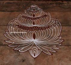 Rangoli Designs Flower, Small Rangoli Design, Rangoli Kolam Designs, Rangoli Designs With Dots, Kolam Rangoli, Flower Rangoli, Rangoli With Dots, Beautiful Rangoli Designs, Simple Rangoli