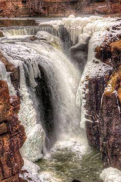 ✯ Icy Cascade - Passaic River