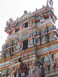 Balaji temple, Bangalore, India / CC