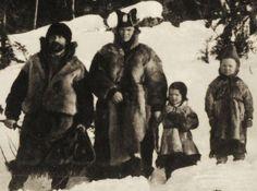 Svensk samisk nomade familie sent på 1800-tallet. saamiblog.blogspot.com/