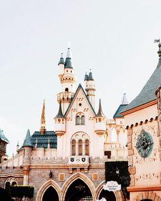 ✰ 𝐩𝐢𝐧- 𝐞𝐥𝐢𝐳𝐚𝐛𝐞𝐭𝐡𝐟𝐫𝐨𝐞𝐡𝐥𝐢𝐱𝐡 ✰ Walt Disney World, All Disney Parks, Disney Love, Disney Magic, Disney Pixar, Disney Stuff, Disney Vacations, Disney Trips, Disneyland California Adventure