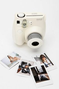 A mini polaroid camera? - Click image to find more technology Pinterest pins