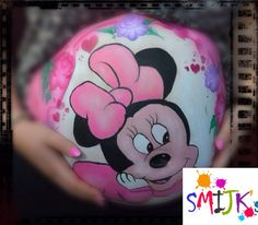Belly painting Minnie Mouse