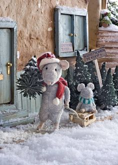 Miniatures - Merry Christmas! - The Mouse Mansion