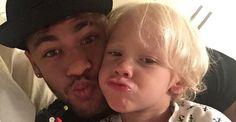 Neymar Jr. combinou a roupa com o filho, Davi Lucca, de 3 anos