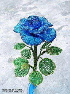 Французская роза из бисера