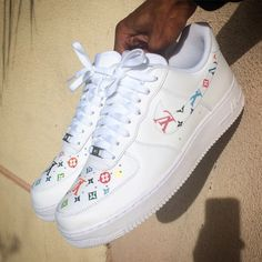 Sneakers Fashion, Fashion Shoes, Nike Shoes Air Force, White Nike Shoes, Baskets, Cute Sneakers, Aesthetic Shoes, Fresh Shoes, Hype Shoes