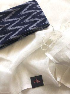 Plain linen saree comes with running blouse as well ikat blouse pc as shown in pic Indian Sarees, Silk Sarees, Saree Designs Party Wear, Salwar Pattern, Traditional Silk Saree, Half Saree Designs, Online Shopping Sarees, Elegant Saree, Anarkali Dress