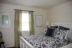 Upstairs bedroom in Townhouse