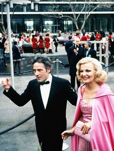 John Cassavetes and Gena Rowlands, Los Angeles, April 1975 Hollywood Party, Classic Hollywood, Old Hollywood, Gena Rowlands, Classic Movie Stars, Classic Films, John Cassavetes, Cinema Theatre, Famous Couples