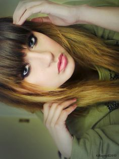 Plain long straight ombre hair with bangs