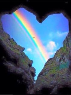 Magnificent Nature with rock formation and rainbow Pretty Pictures, Cool Photos, Beautiful World, Beautiful Places, Heart In Nature, Ciel, Amazing Nature, Belle Photo, Beautiful Landscapes