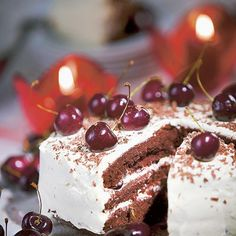 Cake Photography, Tiramisu, Panna Cotta, Raspberry, Cherry, Bread, Baking, Fruit, Dulce De Leche