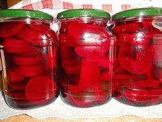 Rote Bete süß - sauer mit Kümmel, ein sehr schönes Rezept aus der Kategorie Herbst. Bewertungen: 8. Durchschnitt: Ø 3,9.