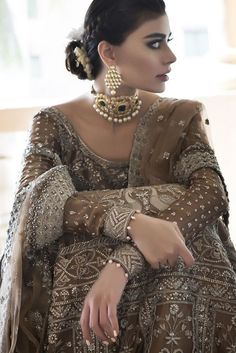 Model #sadafkanwal wearing #Sania #Muskatiya in latest #Bridal Shoot #getinspired Contact us to know how we can replicate the #design for you within your budget #mizznoor #pakistanidesignerwear #bridalmua #bridalwear
