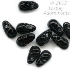 Vintage West German tiny jet glass teardrop pendants, 8x4mm. Package of 10. b11-bw-2059(e)