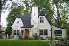 tudor style house | Tudor Style Home 300x200 What Style Is My Home?