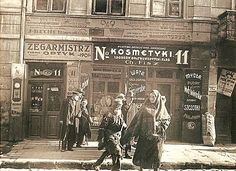Warsaw shops in city - confectionery, drugstore, quilt or watchmaker . Old Pictures, Old Photos, Vintage Photos, Jewish History, Warsaw Poland, My Kind Of Town, My Heritage, Krakow, Women In History