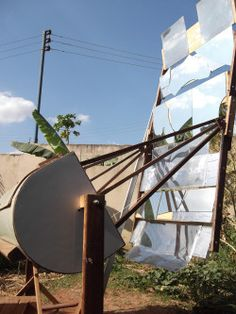 Brazilian made large solar oven for baking bread.  Oficina de Forno Solar no coletivo Piracema | Pleno Sol