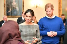 Meghan Markle Photos - Prince Harry and his fiancee Meghan Markle at a reception during their visit to Cardiff Castle on January 2018 in Cardiff, Wales. - Prince Harry And Meghan Markle Visit Cardiff Castle Prince Harry 2016, Prince Harry Photos, Prince Harry And Meghan, Visit Cardiff, Cardiff Wales, Off Shoulder Jacket, Stella Mccartney Coat, Meghan Markle Photos, Prince Of Wales