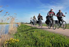 Mooi fietsen rond hoorn en omgeving op je elektrische fiets. Van Vliet tweewielers in hoorn zijn e-bike expert en help altijd graag met deskundige advies.