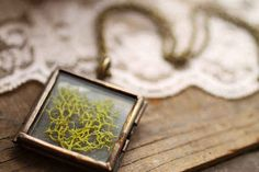 Square Moss Pendant | 17 Stunning Pieces Of Jewelry Made From Living Plants