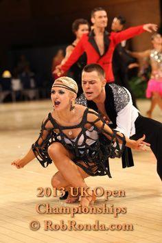 Yaroslav Senchilo & Eleonora Posypayko - UK Open 2013 RS Amateur - [intriguing overlay design] - More photos: http://dancesportinfo.net/Couple/Yaroslav_Senchilo_and_Eleonora_Posypayko_110915/Photos.aspx