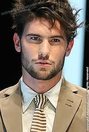 Uomo barbuto… sempre piaciuto! - http://www.tentazionefashion.it/uomo-barbuto-sempre-piaciuto/ #man #modauomo #fashion #look #tendenze #novità