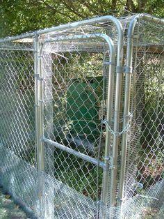 Ideas For Diy Outdoor Dog Kennel Chicken Coops Chicken Coup, Chicken Pen, Diy Chicken Coop, Chicken Life, Diy Dog Run, Diy Dog Kennel, Dog Kennels, Dog Pen, Building A Chicken Coop