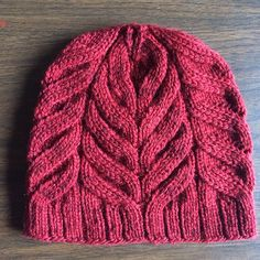 "The ""Magnolia""  <  Ribbing grows right into hat"