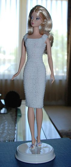 Barbie models a new dress | crochet