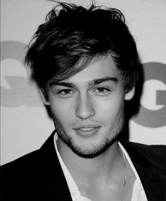 Douglas Booth Roméo Film 2013 Shakespeare Adaptation Sexy Romantique