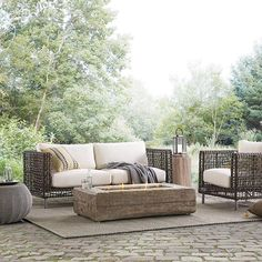 47 The Best Backyard Design Ideas for Family Gathering Parks Outdoor Fire Table, Outdoor Sofa, Outdoor Living, Best Outdoor Furniture, Modern Furniture, Porch Furniture, Furniture Ideas, Rustic Furniture, Garden Furniture
