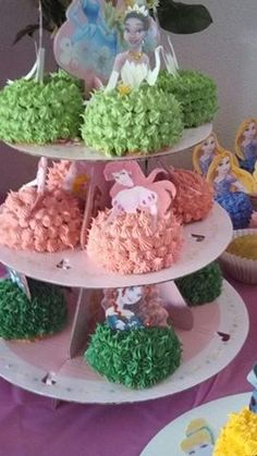 Individually decorated cupcakes
