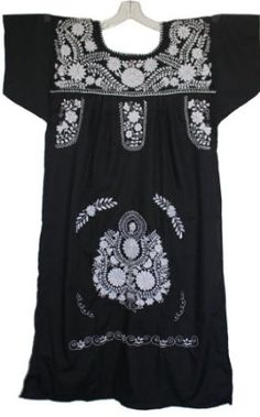 Amazon.com: Embroidered Mexican Peasant Dress with Solid White Embroidery: Clothing