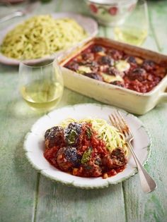Jamie Oliver's Meatballs al forno are made from scratch so you know exactly what has gone into them, the recipe keeps the pasta simple to let the flavours sing. How To Make Meatballs, Lamb Meatballs, Making Meatballs, Jamie Oliver Meatballs, Lamb Recipes, Savoury Recipes, Meat Recipes, Pasta Recipes, Kitchens