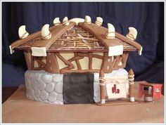 Orgrimmar cake! http://melbel.hubpages.com/hub/Nerdy-Wedding-Cakes