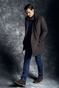 Dark Brown Wool/Nylon/Cashmere Overcoat, and Brown Waxed Chukka Boots. Men's Fall Winter Fashion.