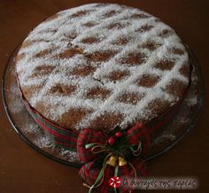 Vasilopita - Traditional Greek cake that is cut at midnight New Year's eve. Greek Sweets, Greek Desserts, Greek Recipes, Xmas Food, Christmas Sweets, Christmas Cooking, Vasilopita Recipe, Cake Cookies, Cupcake Cakes