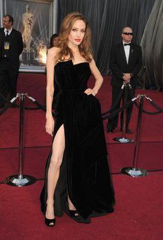Angelina Jolie OMFGGGG