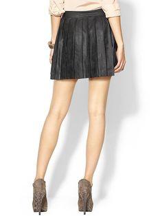 Piperlime | Vegan Leather Pleated Skirt