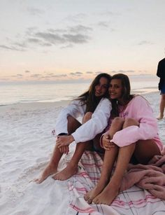 beach Friendship Forever Goals Never Ending Adventure Boys Girls Love Memories Summer Bff Pics, Photos Bff, Cute Friend Pictures, Cute Friends, Best Friends, Photo Ocean, Best Friend Fotos, Shotting Photo, Poses Photo