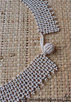 """NemVal gyöngyei: """"Mákos"""" tászli Crochet Patterns, Creative Ideas, Bead, Jewelry, Handmade Bracelets, Diy Kid Jewelry, Bead Necklaces, Rocks, Games"""