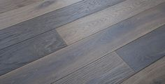 w74 Dub Corpus kartáčovaný olej Milky / Podlahy kouř CORPUS / Modelové řady podlah / Dřevěné podlahy / Unikátní Parkety a Dřevěné… vhodné na podlahové kúrenie