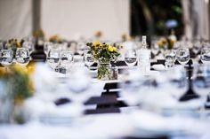 Esküvői dekoráció /Esküvőszervező: Sidó Diána, fotó: Stiller Ákos, angol-magyar Ceremóniamester: Street Gábor Huba/