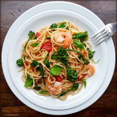 Spaghetti with Shrimp, Broccolini and Basil | By TasteFood | This pasta is healthy and fast to make. It has a few quick steps, so that each main ingredient is cooked to perfection without any overcooking and muddling. The end result is a bright and fresh pasta dish that is addictively good - and good for you. | Via: food52.com